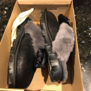 Ugg sequin coquettes slippers